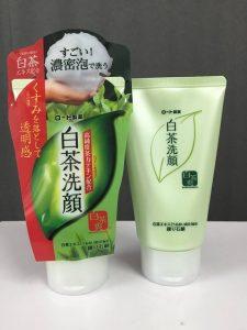 • Sản phẩm sửa rửa mặt tốt cho da dầu mụn
