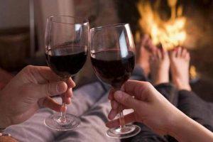 Rượu vang đỏ nước uống tăng cường sinh lý